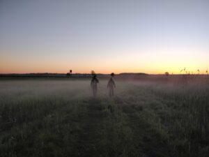 Bereits in den frühen Morgenstunden beginnt die Feldarbeit für die Mitarbeiter des DDA